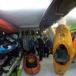 kayak_monkey_katarakt_opening_ kayaks